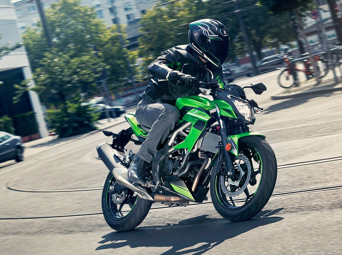 KAWASAKI 125 NINJA 2019 125 cm3   moto sportive   400 km