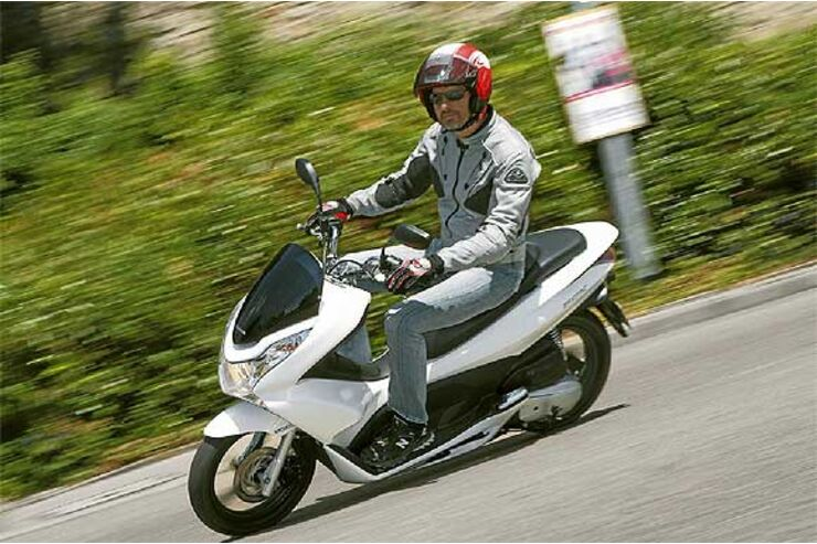 Im Test Honda Pcx 125 Motorradonlinede